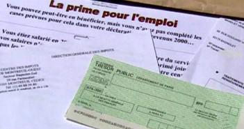 tf1-lci-prime-pour-l-emploi-et-cheque-au-tresor-public-2212300_1713