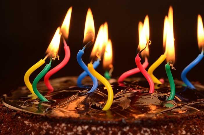 Bien choisir une carte virtuelle de voeux pour anniversaire - Cartes de voeux virtuelles gratuites ...