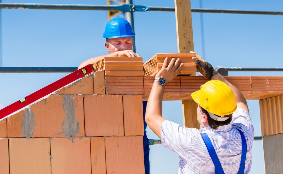 France la construction de logement en berne for Construction de logements neufs