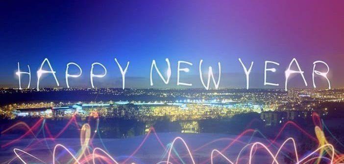 Consommation, carte de vœux virtuelle, nouvelle année 2018