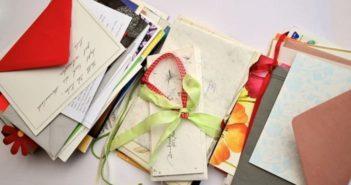 Consommation, carte de remerciement, carte de remerciement de décès