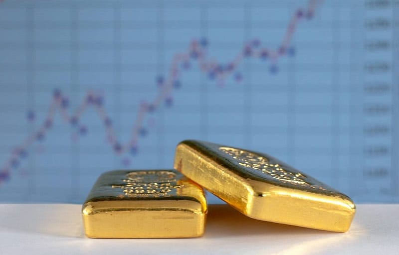 Faut-il choisir l'or physique ou l'or papier ?